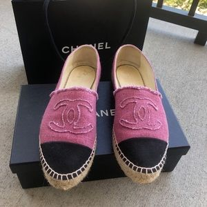 Black and pink Chanel espadrilles size 39